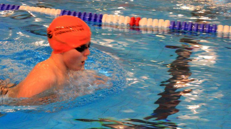 Kristinasund sk svømmer i molde